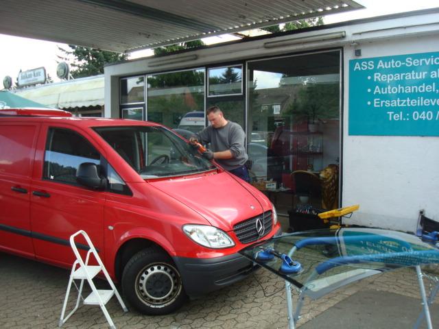 Autoglasreparatur in Hamburg direkt bei Ihnen zu Hause.